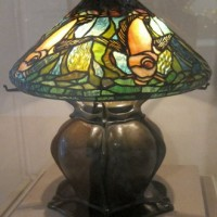 tablelampbylouiscomforttiffany,deyoungmuseum.jpg
